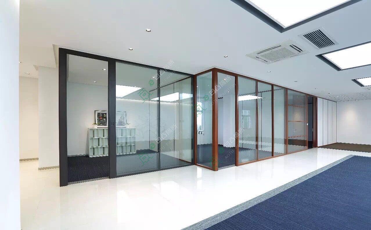 凹凸隔断推出最新款玻璃隔断_池州办公室隔断有史以来最低的价格